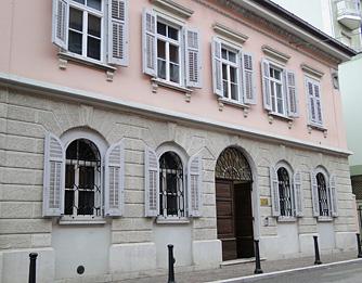 Casa Lenassi